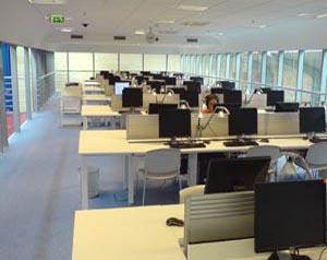 Počítačová studovna (56 míst)